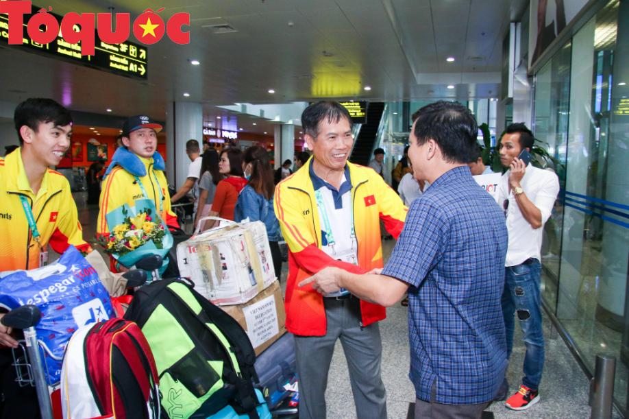Đoàn thể thao Olympic trẻ Việt Nam về nước sau kỳ Đại hội thành công vượt ngoài kỳ vọng - Ảnh 4.