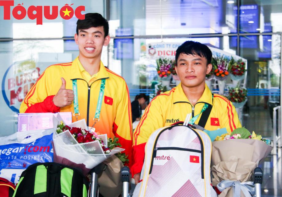 Đoàn thể thao Olympic trẻ Việt Nam về nước sau kỳ Đại hội thành công vượt ngoài kỳ vọng - Ảnh 9.