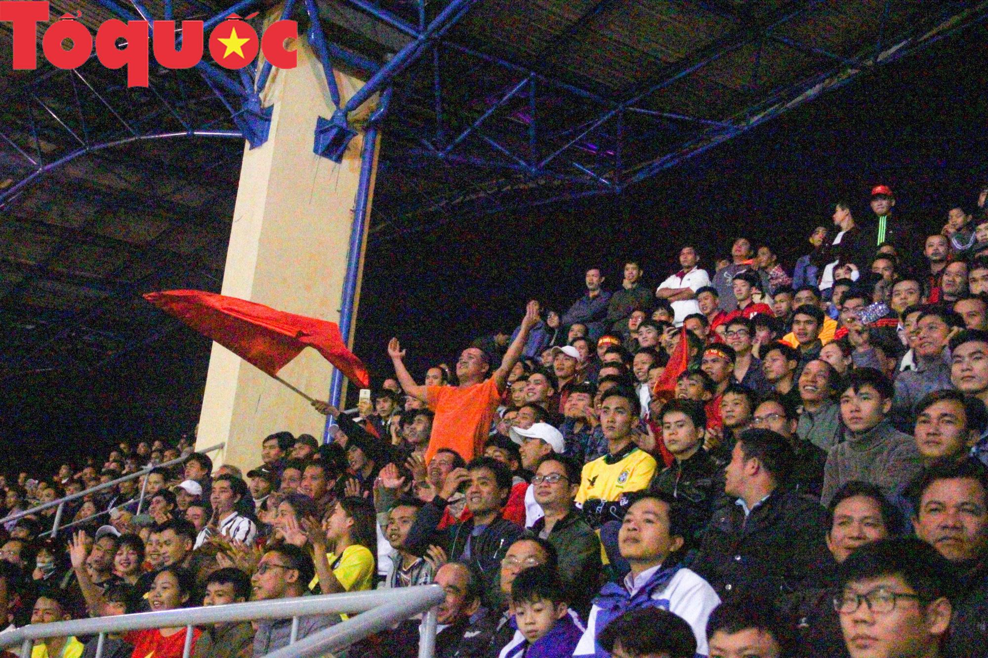 Bộ trưởng Nguyễn Ngọc Thiện dự khán trận chung kết U21 quốc tế - Ảnh 11.