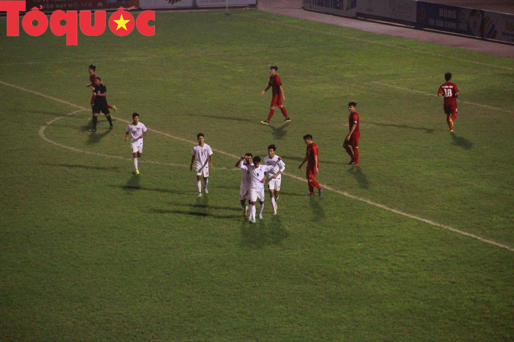 Bộ trưởng Nguyễn Ngọc Thiện dự khán trận chung kết U21 quốc tế - Ảnh 7.