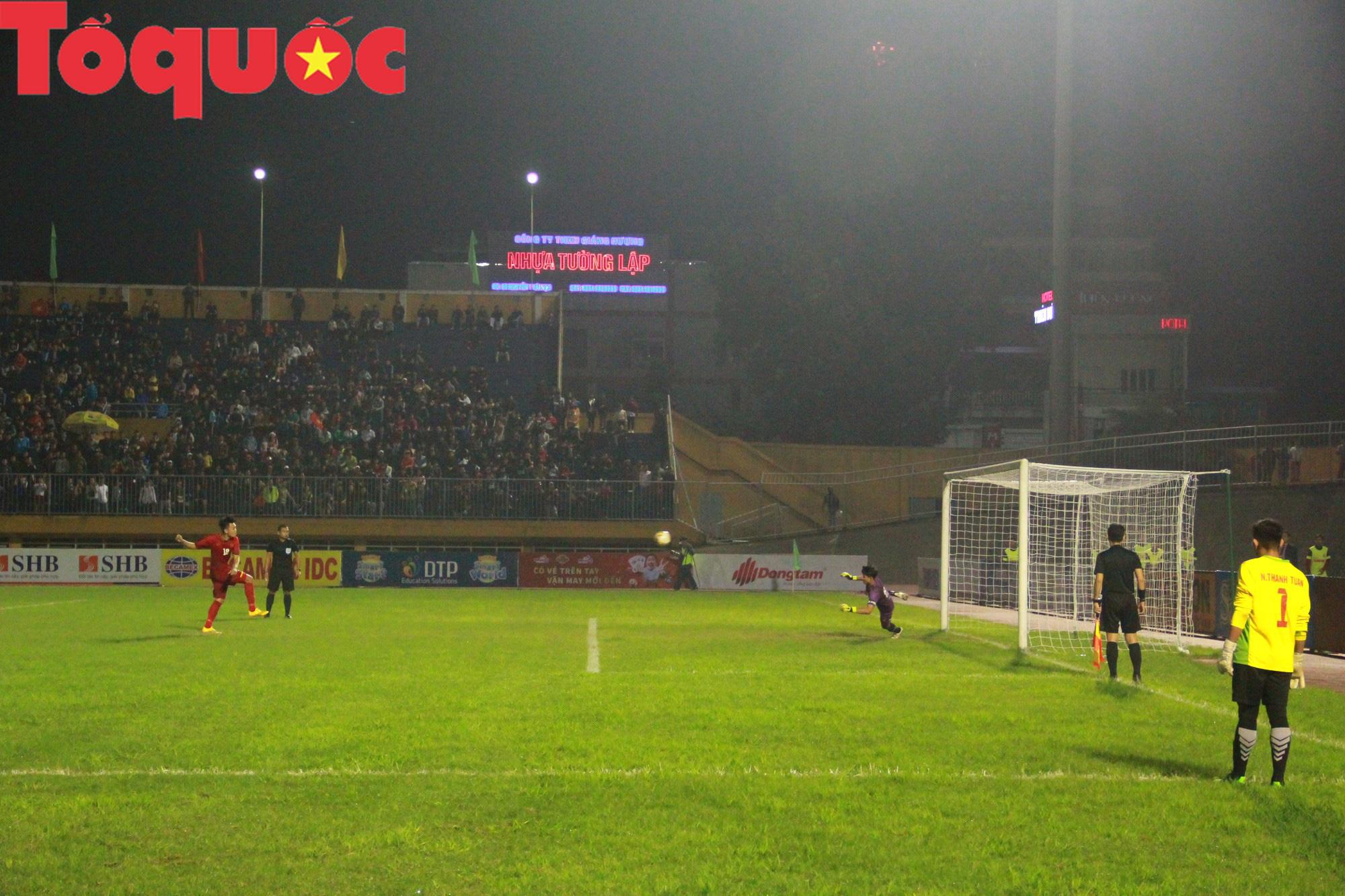 Bộ trưởng Nguyễn Ngọc Thiện dự khán trận chung kết U21 quốc tế - Ảnh 9.