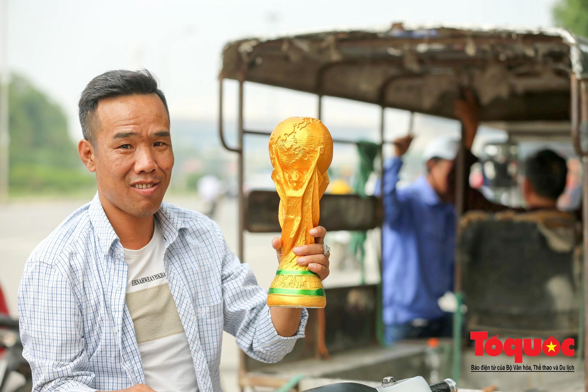 Hai trăm nghìn cho một chiếc Cup vô định thế giới8