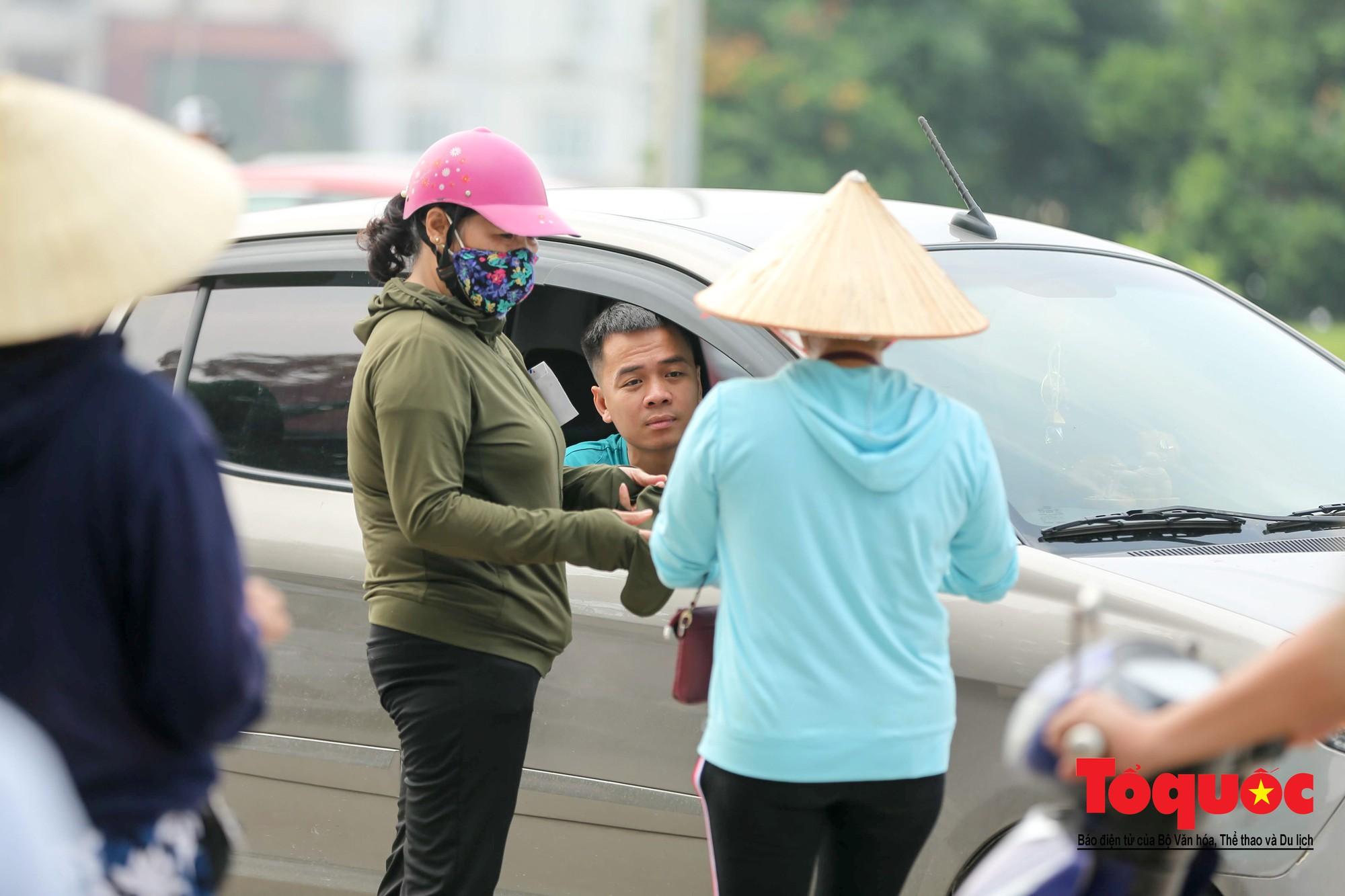 Vé trận Việt Nam - Malaysia: Giá vé chợ đen tung tăng nhảy múa15