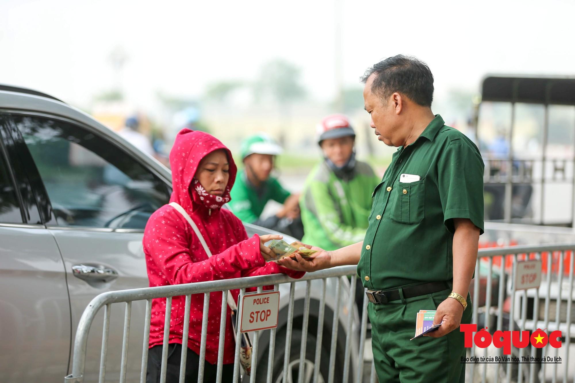 Vé trận Việt Nam - Malaysia: Giá vé chợ đen tung tăng nhảy múa6