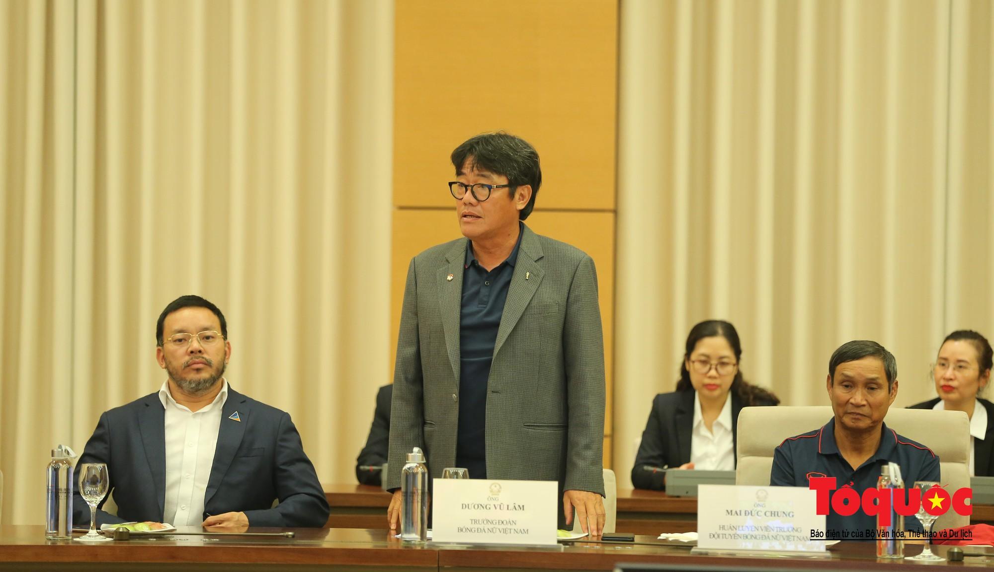 Chủ tịch Quốc hội Nguyễn Thị Kim Ngân: Bóng đá nam nhìn thành tích bóng đá nữ còn phải mơ ước dài6