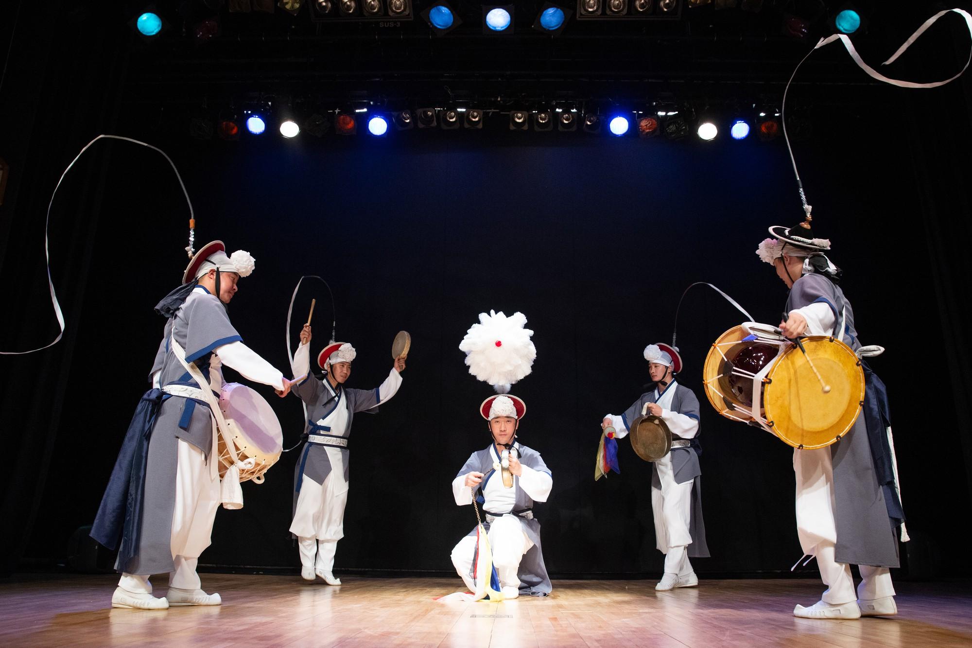 Đoàn nghệ thuật truyền thống Inpungnyu