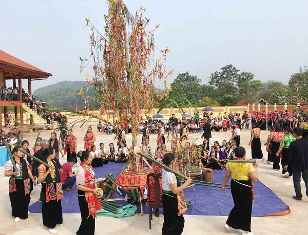 Sơn La đặt mục tiêu đón 2,5 triệu lượt khách trong năm 2019 - Ảnh 1.