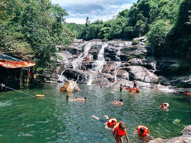 Thác Nhị Hồ - Điểm du lịch mới của Thừa Thiên Huế - Ảnh 1.