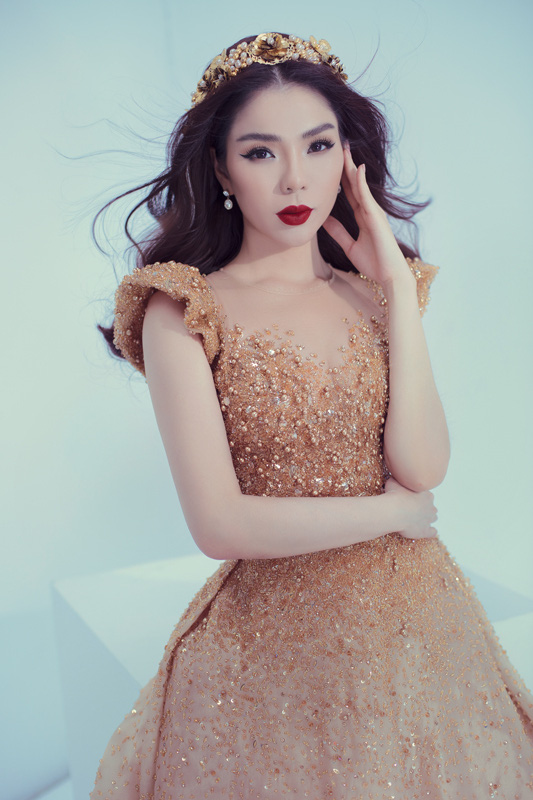 """Lệ Quyên: """"Nghệ sĩ Việt Nam bắt buộc phải luôn đẹp""""  - Ảnh 1."""