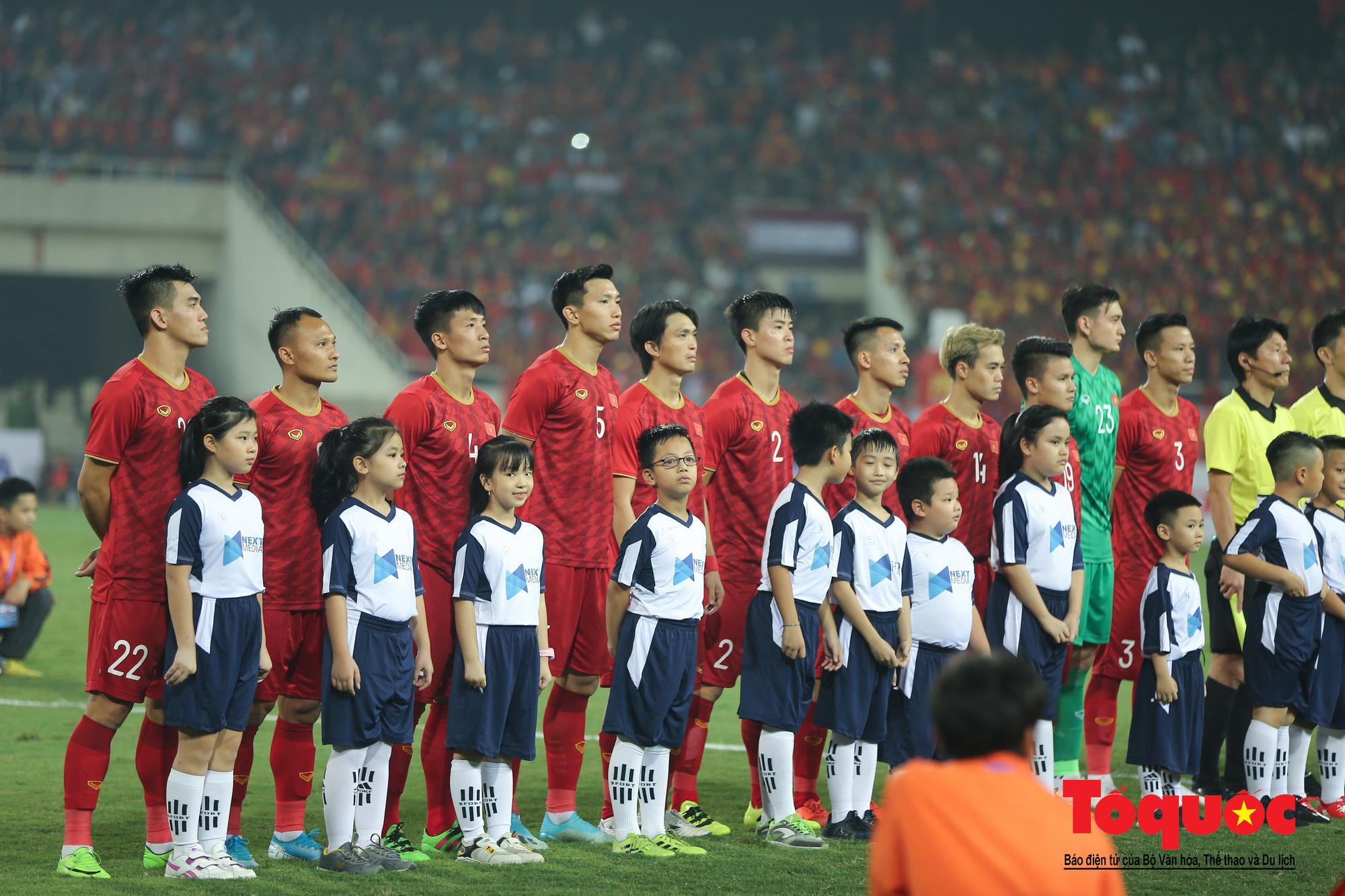 Đánh bại UAE, tuyển Việt Nam khẳng định vị thế số 1 bảng G - Ảnh 2.