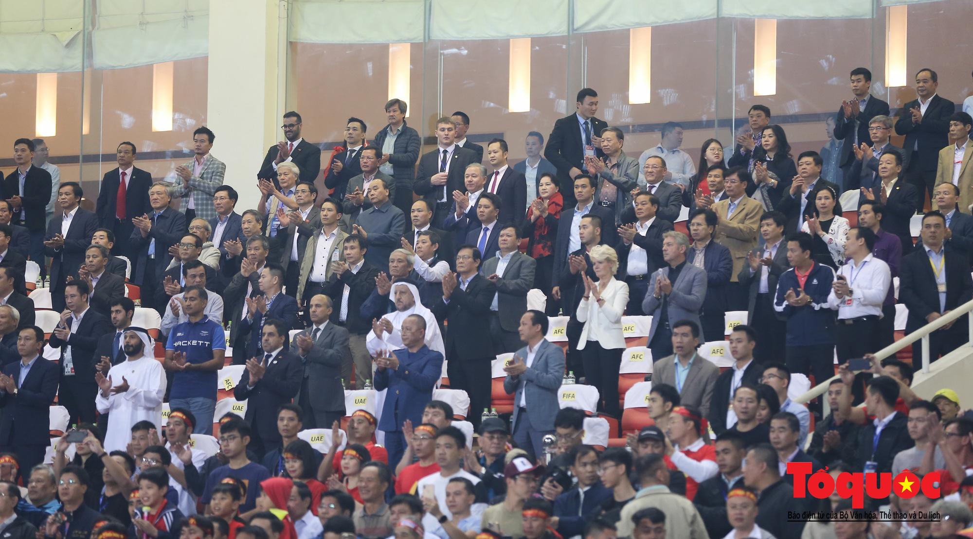 Đánh bại UAE, tuyển Việt Nam khẳng định vị thế số 1 bảng G - Ảnh 1.