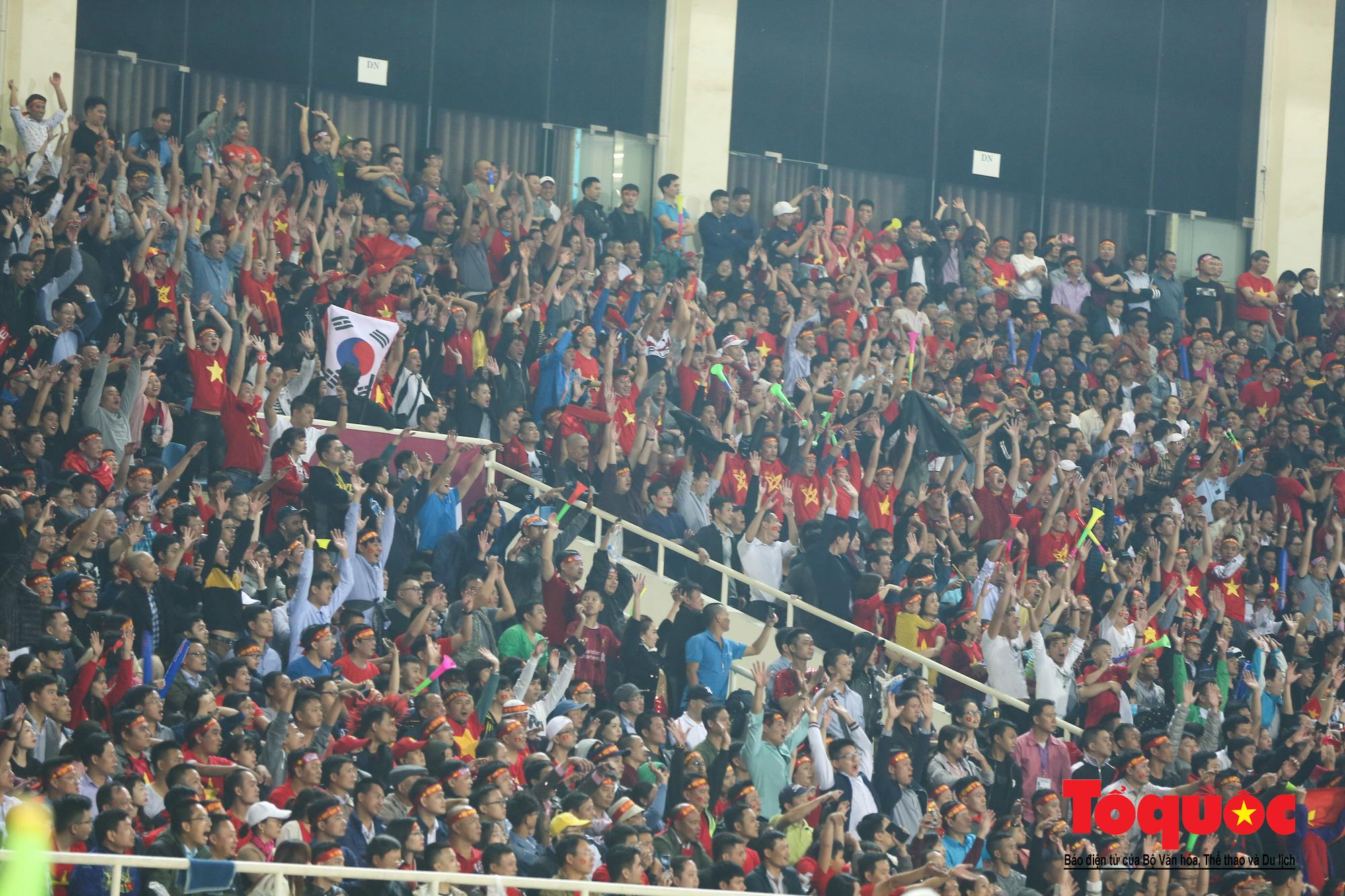 Đánh bại UAE, tuyển Việt Nam khẳng định vị thế số 1 bảng G - Ảnh 8.