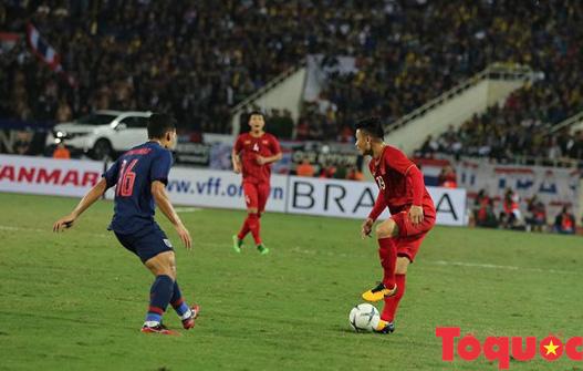 [Trực tiếp] Trận đấu Việt Nam vs ĐT Thái Lan: Chia điểm tiếc nuối, ĐT Việt Nam tiếp tục dẫn đầu bảng - Ảnh 7.