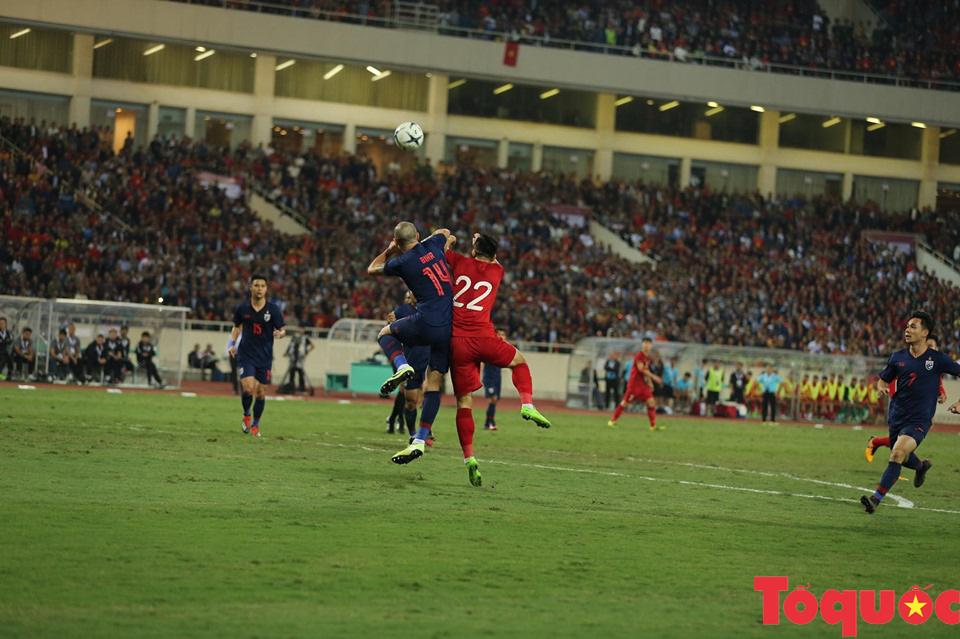 [Trực tiếp] Trận đấu Việt Nam vs ĐT Thái Lan: Chia điểm tiếc nuối, ĐT Việt Nam tiếp tục dẫn đầu bảng - Ảnh 5.