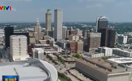 Một thành phố ở Mỹ đang tìm kiếm người đến ở và trả thêm hơn 230 triệu - Ảnh 1.