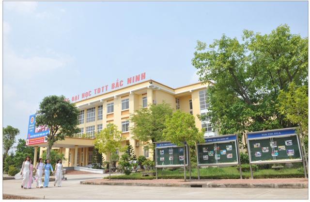 Kỷ niệm 60 năm thành lập Trường Đại học Thể dục thể thao Bắc Ninh và đón nhận huân chương lao động hạng Nhất (lần thứ hai) - Ảnh 1.