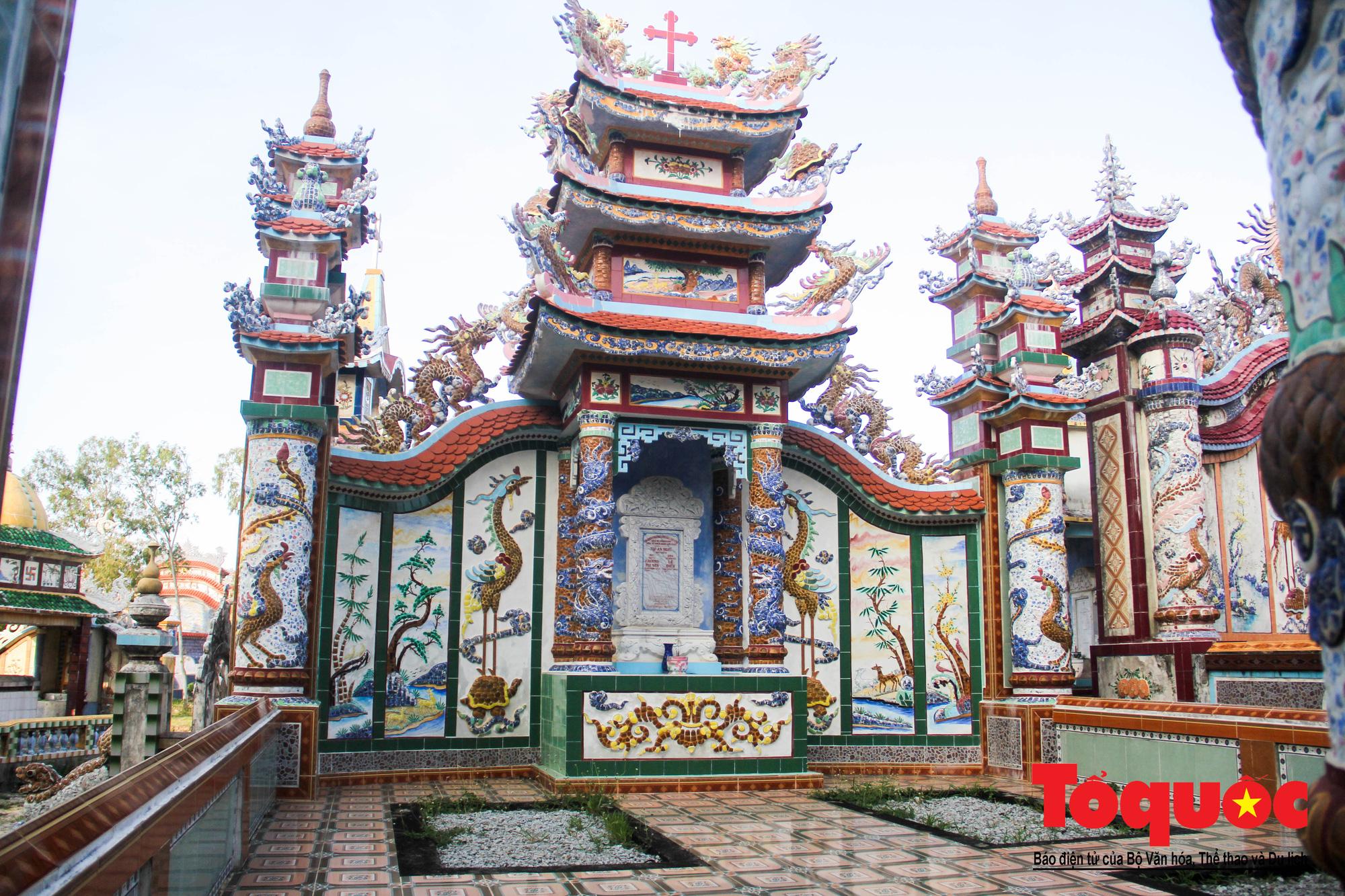 """Ngỡ ngàng với vẻ xa hoa, tráng lệ của """"thành phố lăng mộ"""" nghìn tỷ bậc nhất Việt Nam - Ảnh 10."""