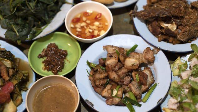 CNN ấn tượng nhà hàng bao cấp độc đáo Hà Nội - Ảnh 4.
