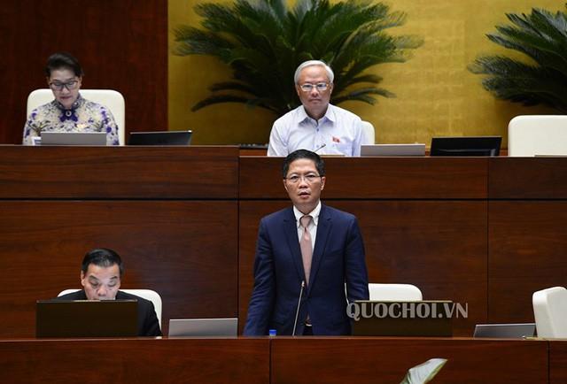 Sáng nay, Bộ trưởng NN&PTNT Nguyễn Xuân Cường là người đầu tiên đăng đàn trả lời chất vấn trước Quốc hội - Ảnh 2.