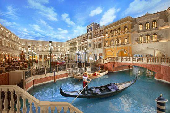 """Thỏa sức mua sắm tại những """"thiên đường"""" này ở Macao, Trung Quốc - Ảnh 1."""