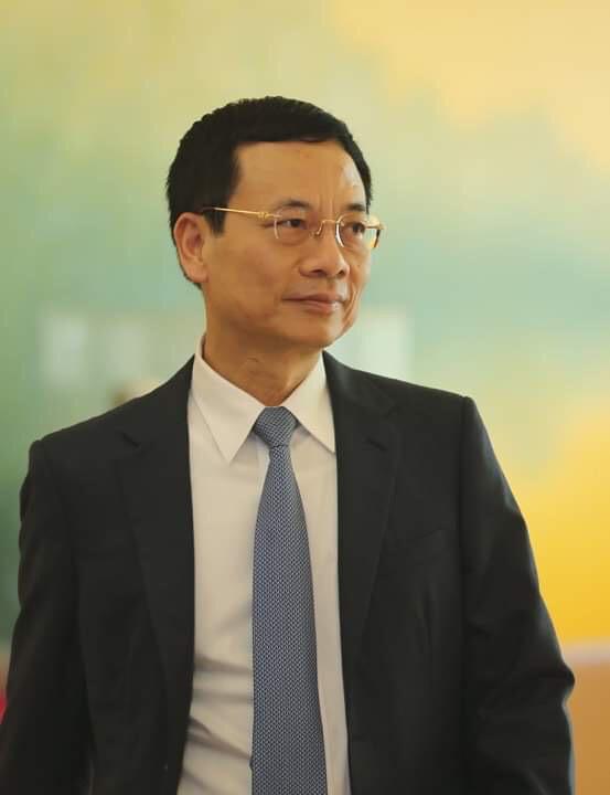 Chủ tịch Quốc hội khen Bộ trưởng Nguyễn Mạnh Hùng  trả lời chất vấn ngắn gọn, thẳng thắn, cầu thị...và nhận trách nhiệm - Ảnh 1.