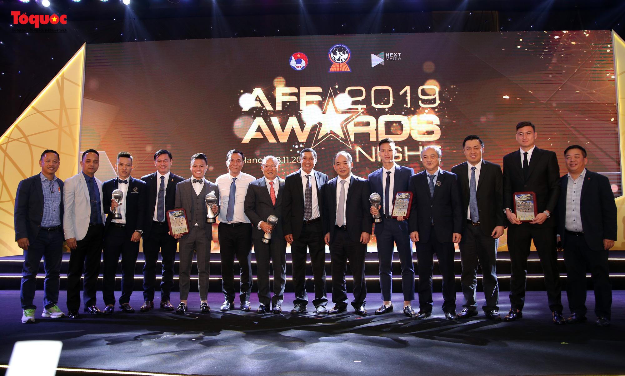 Toàn cảnh đêm vinh danh bóng đá Đông Nam Á- AFF Awards 2019 - Ảnh 16.