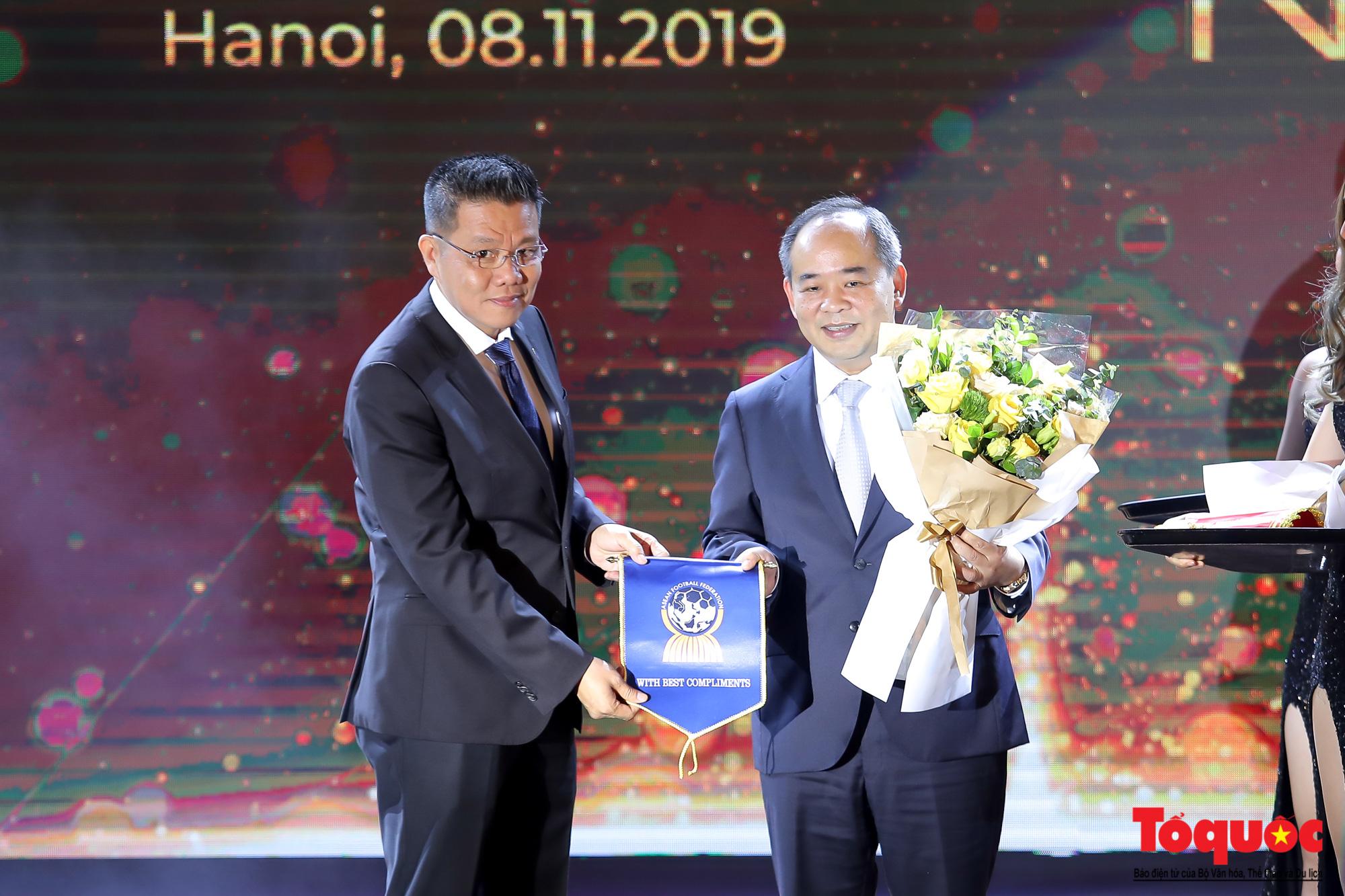 Toàn cảnh đêm vinh danh bóng đá Đông Nam Á- AFF Awards 2019 - Ảnh 7.