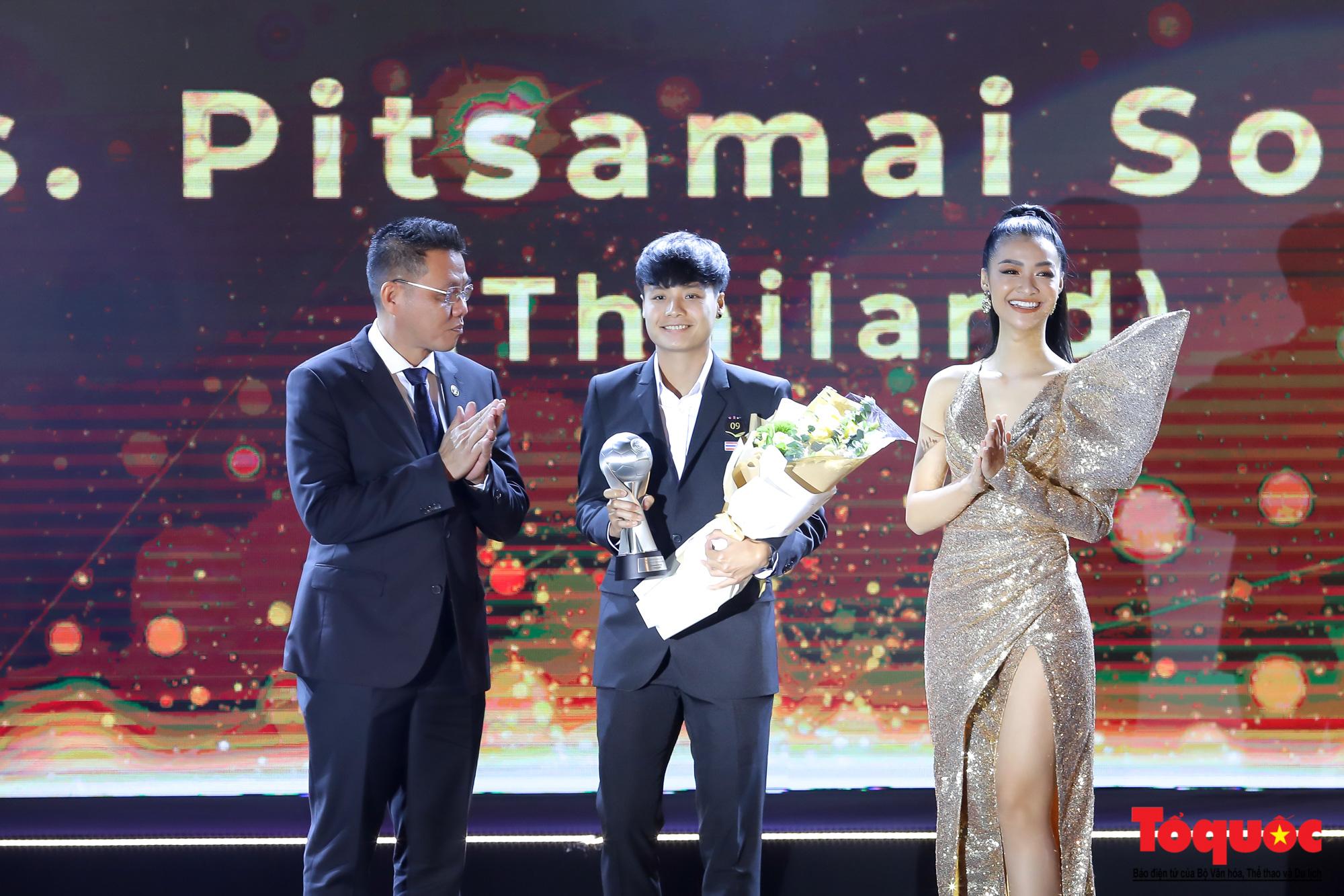 Toàn cảnh đêm vinh danh bóng đá Đông Nam Á- AFF Awards 2019 - Ảnh 15.