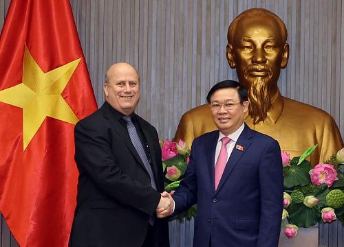 Đảng, Chính phủ Việt Nam quyết tâm trong đấu tranh phòng chống tội phạm tham nhũng rửa tiền  - Ảnh 1.