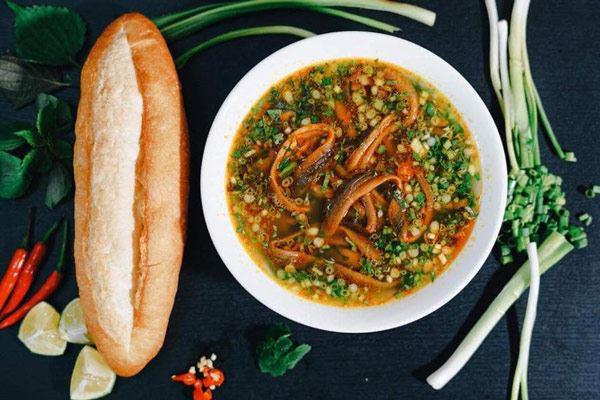 Thỏa mãn với 5 món ăn ngon tuyệt từ hải sản tươi Nghệ An - Ảnh 2.