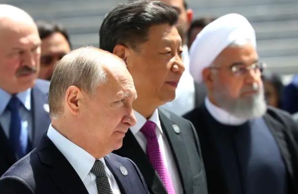 """Từ kịch liệt phản đối, Nga có thái độ bất ngờ trước nạn """"bắt chước"""" vũ khí của Trung Quốc  - Ảnh 1."""