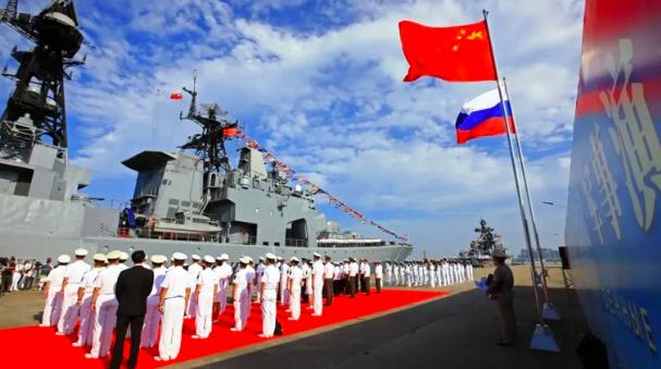 """Từ kịch liệt phản đối, Nga có thái độ bất ngờ trước nạn """"bắt chước"""" vũ khí của Trung Quốc  - Ảnh 2."""