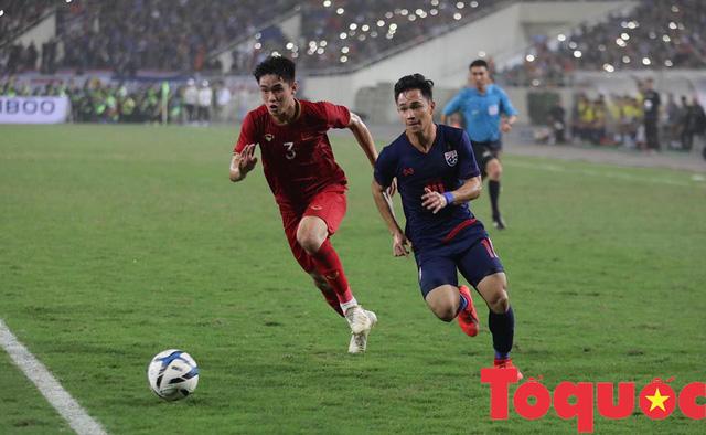 """[Trực tiếp] U22 Việt Nam vs U22 Thái Lan: Tiễn """"Chiến tượng"""" về nước - Ảnh 1."""