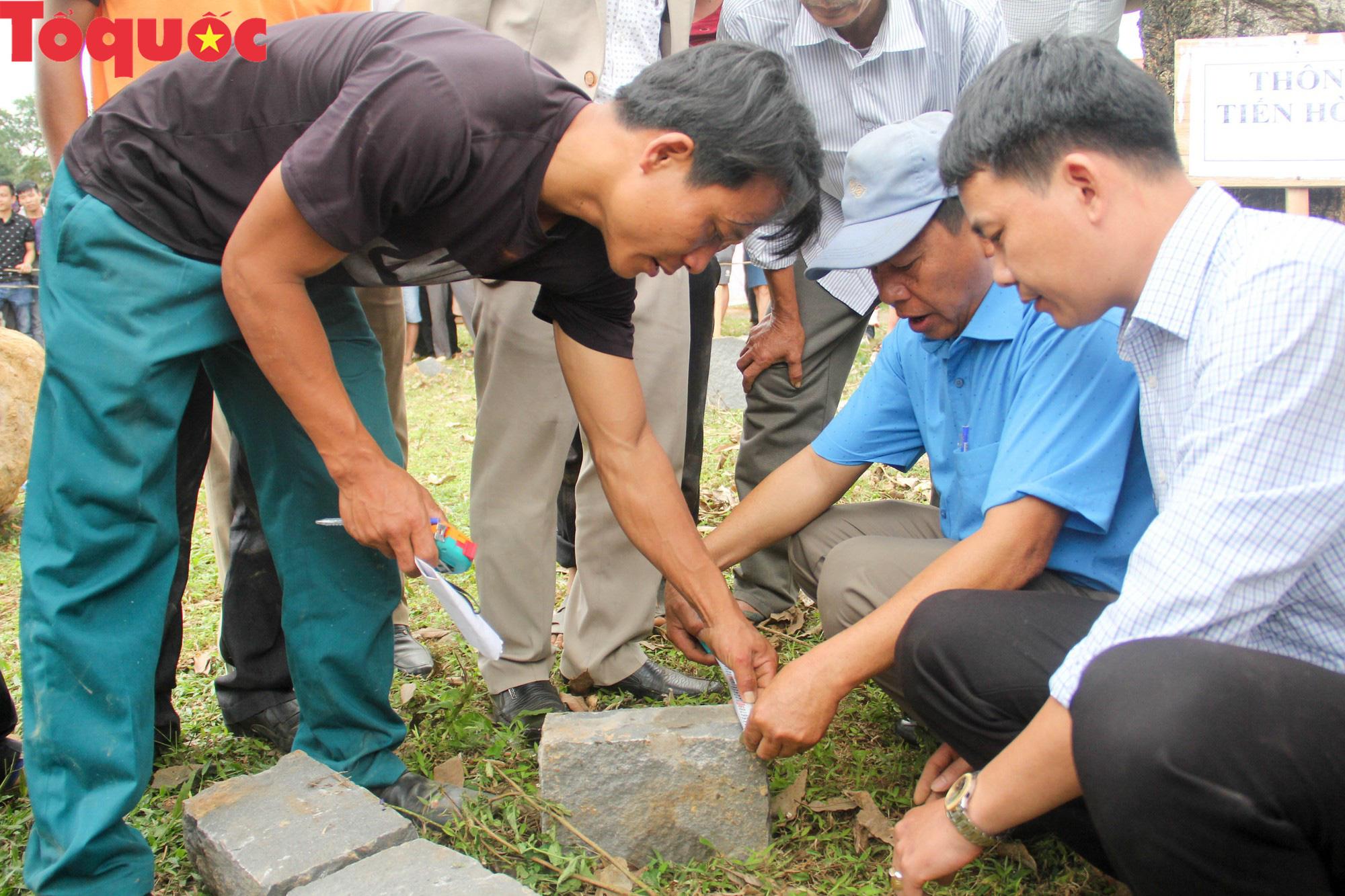 Độc đáo hội thi chẻ đá mồ côi ở Quảng Trị - Ảnh 18.