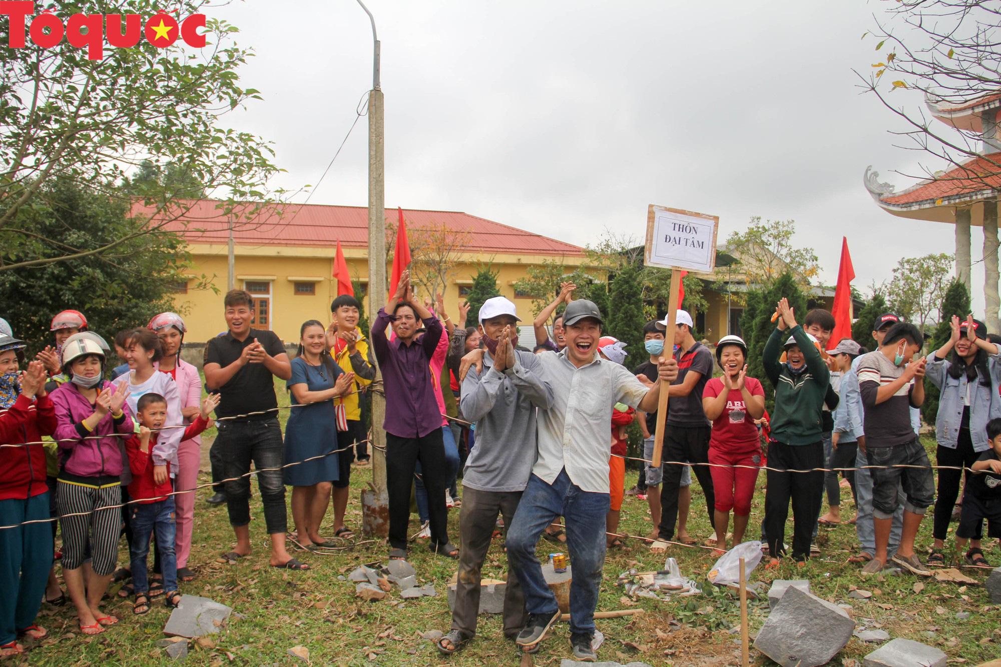 Độc đáo hội thi chẻ đá mồ côi ở Quảng Trị - Ảnh 19.