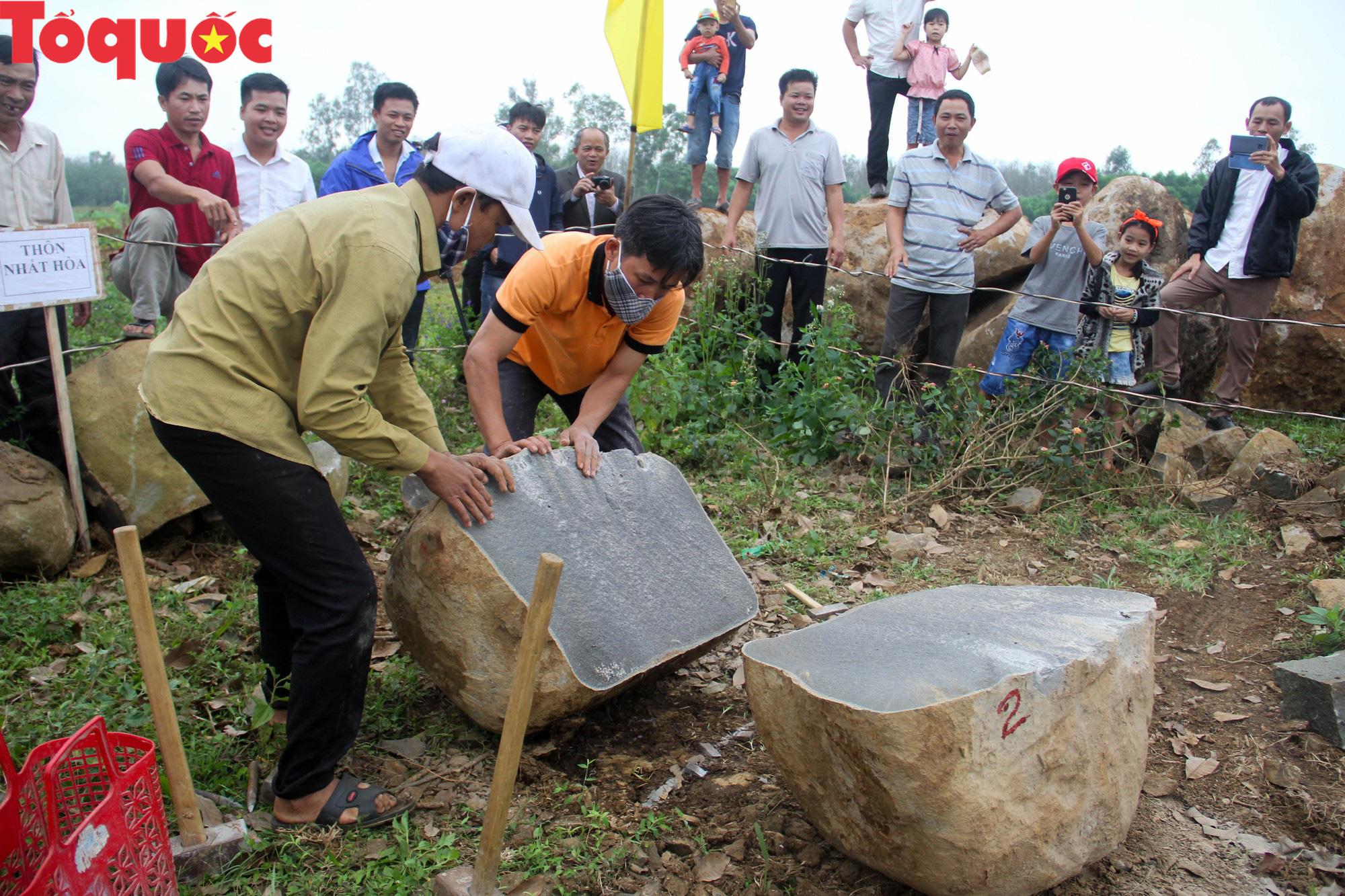 Độc đáo hội thi chẻ đá mồ côi ở Quảng Trị - Ảnh 8.