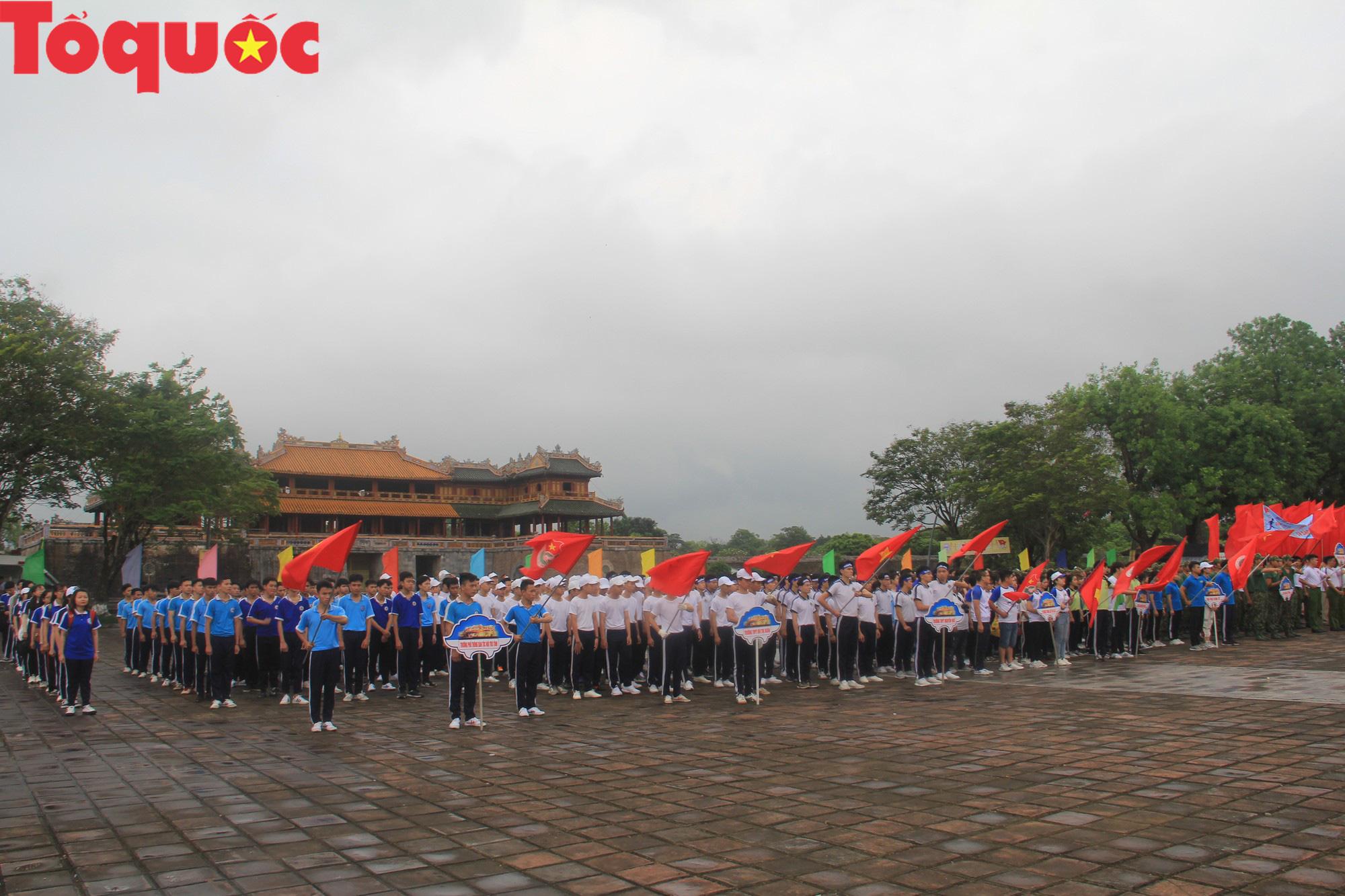 Hơn 1.000 người tham gia Ngày chạy Olympic vì sức khỏe toàn dân tại Thừa Thiên Huế - Ảnh 1.