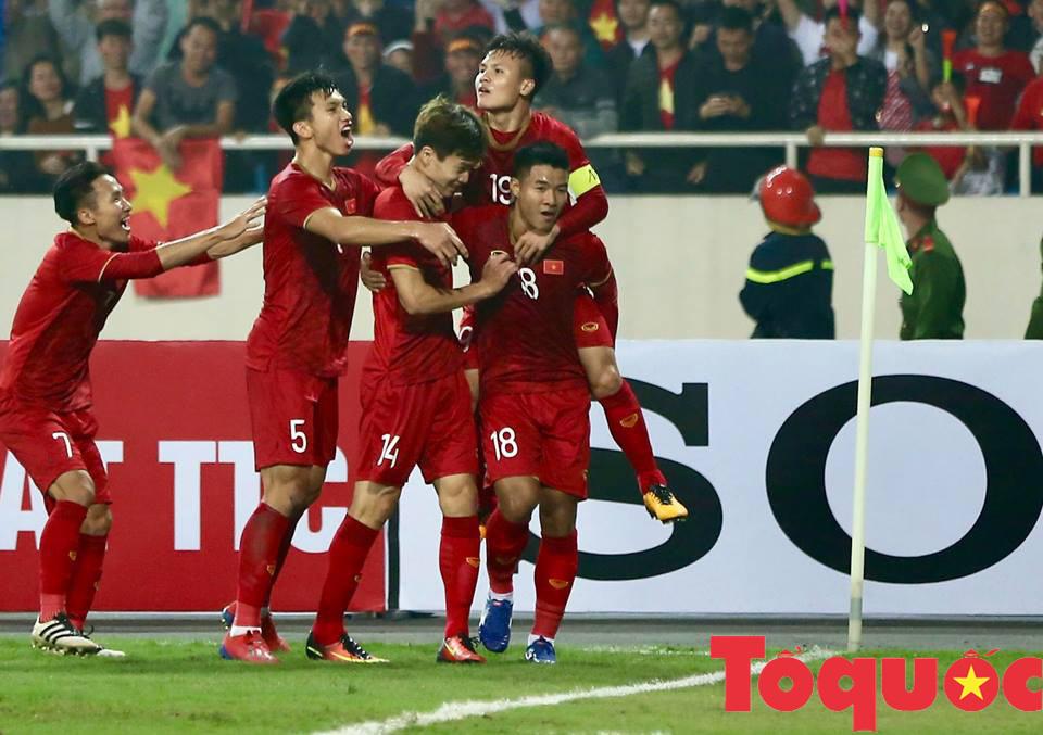 Tìm lại sức mạnh hàng công: U23 Việt Nam khiến U23 Thái Lan hoảng sợ - Ảnh 1.