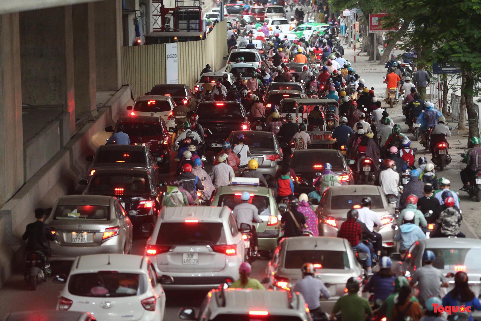 TS Lương Hoài Nam: Không nên bi kịch hóa đời sống đô thị không có xe máy - Ảnh 1.