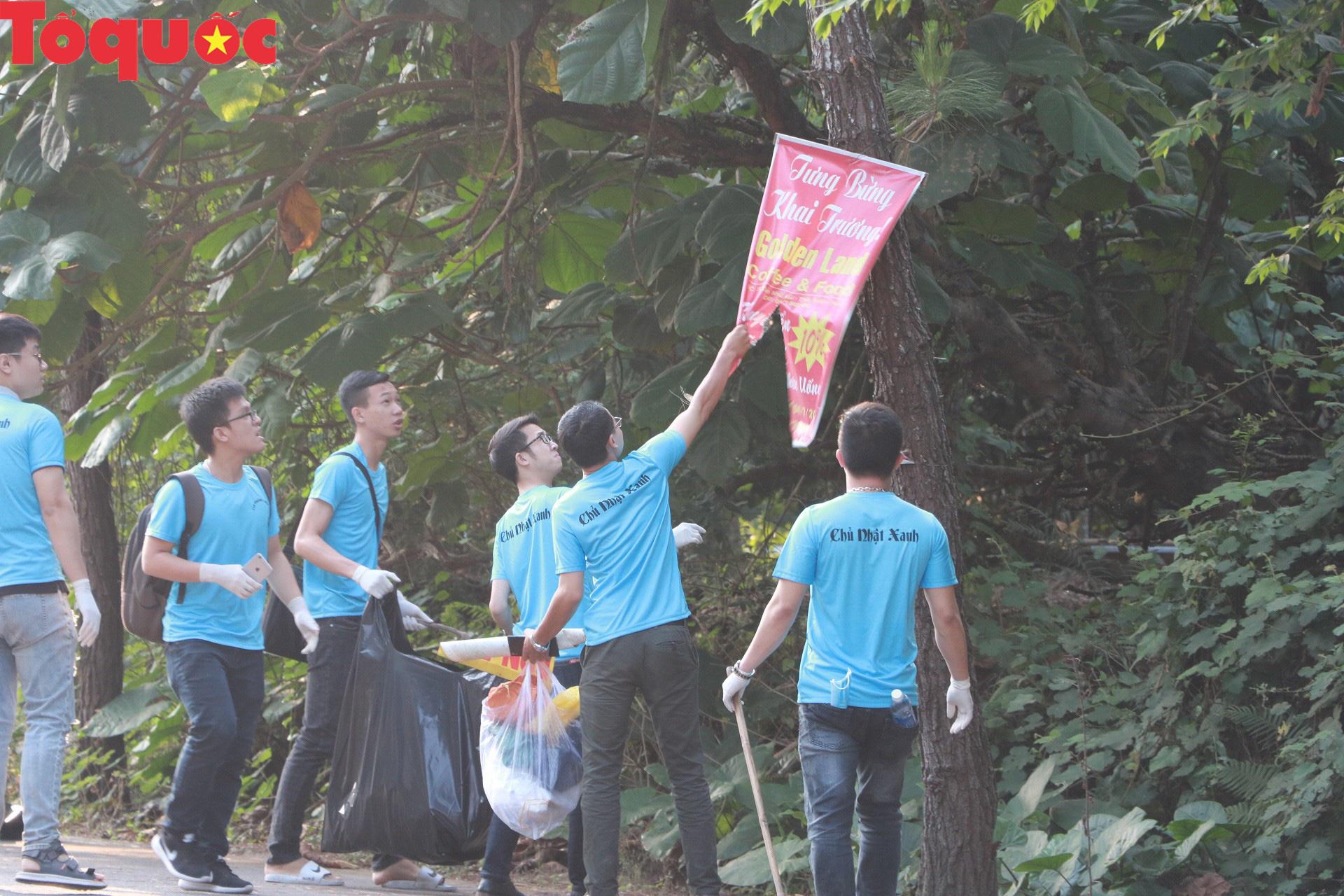 Phóng viên tại Huế nhặt rác làm sạch di tích, hưởng ứng Ngày chủ nhật xanh - Ảnh 6.