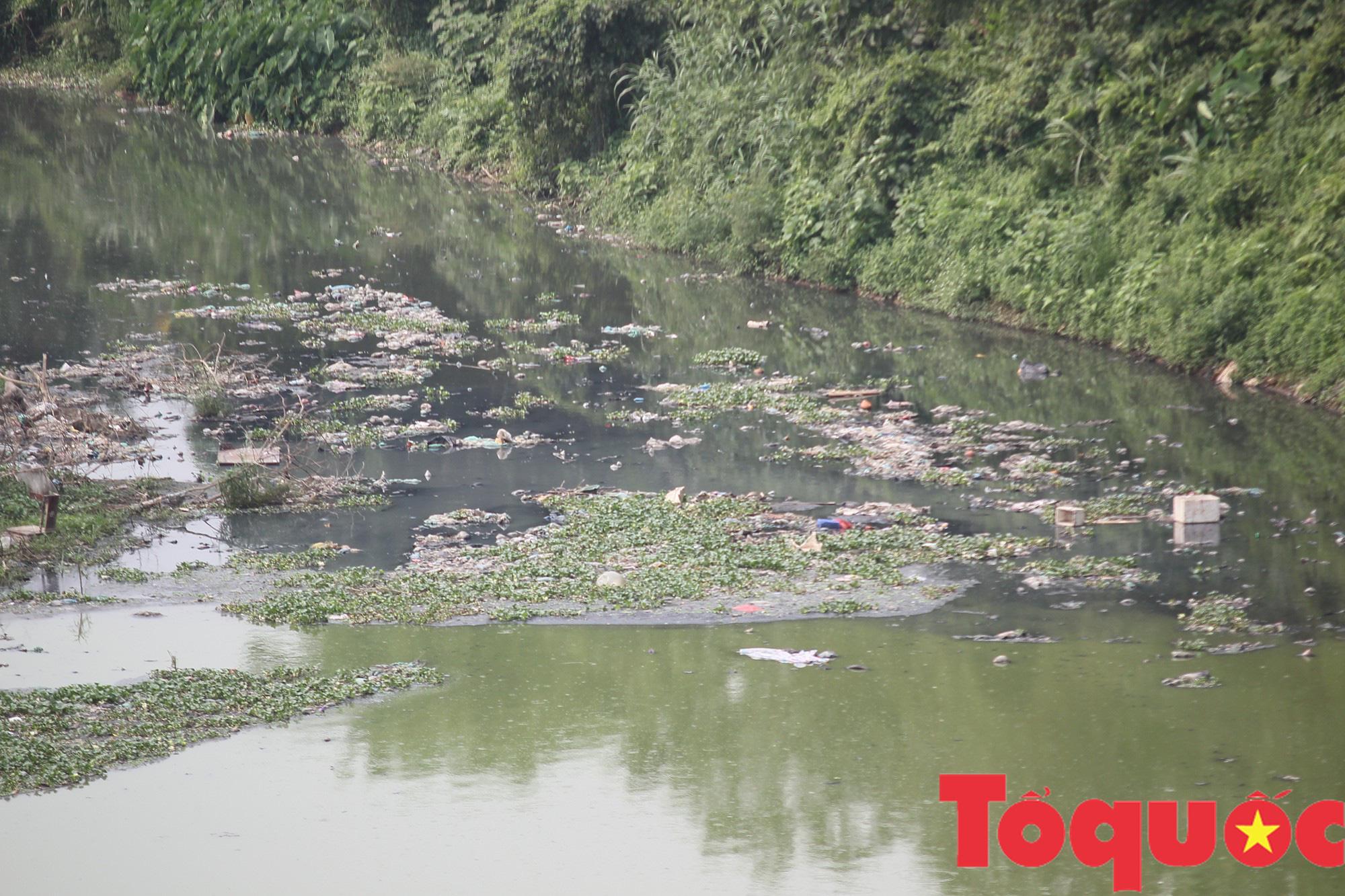 Kỳ 1 - Ô nhiễm môi trường: Con sông, tuyến đường ngập rác - Ảnh 4.