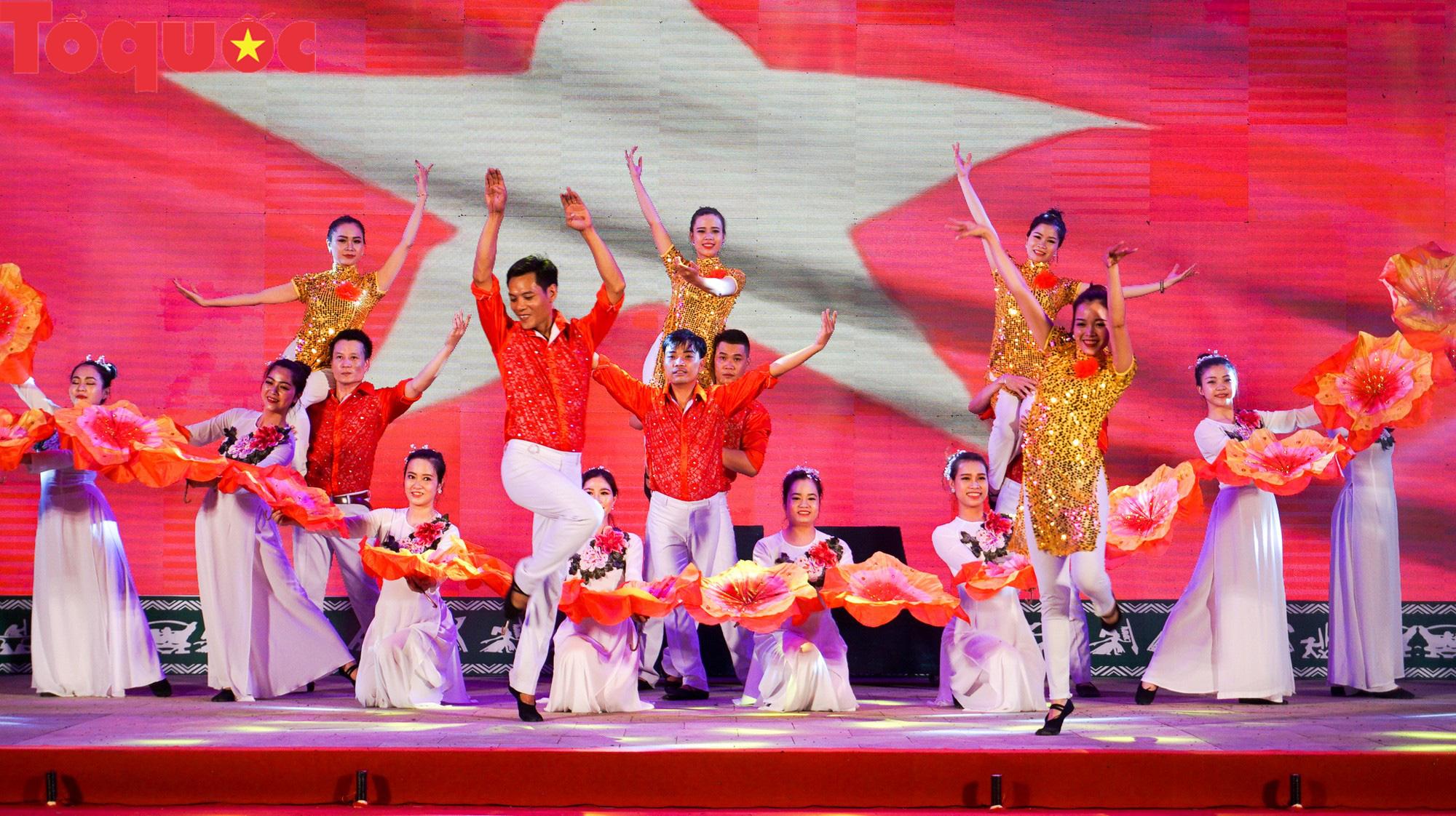 Thừa Thiên Huế đón nhận bằng xếp hạng Di tích Quốc gia đặc biệt Đường Trường Sơn - Đường Hồ Chí Minh - Ảnh 2.