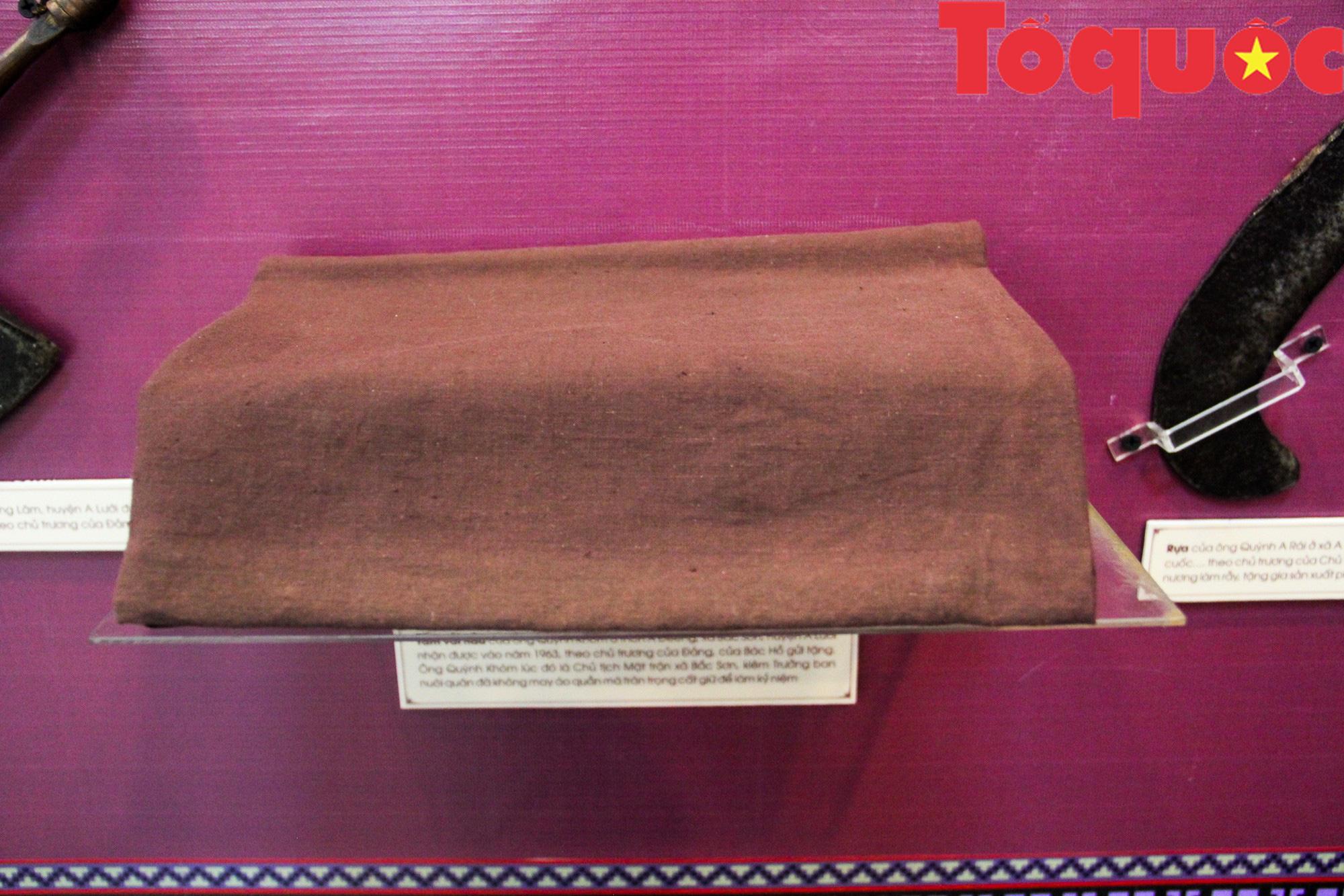 Triển lãm 250 hình ảnh, hiện vật Họ Hồ ở miền Tây Thừa Thiên Huế - Ảnh 10.