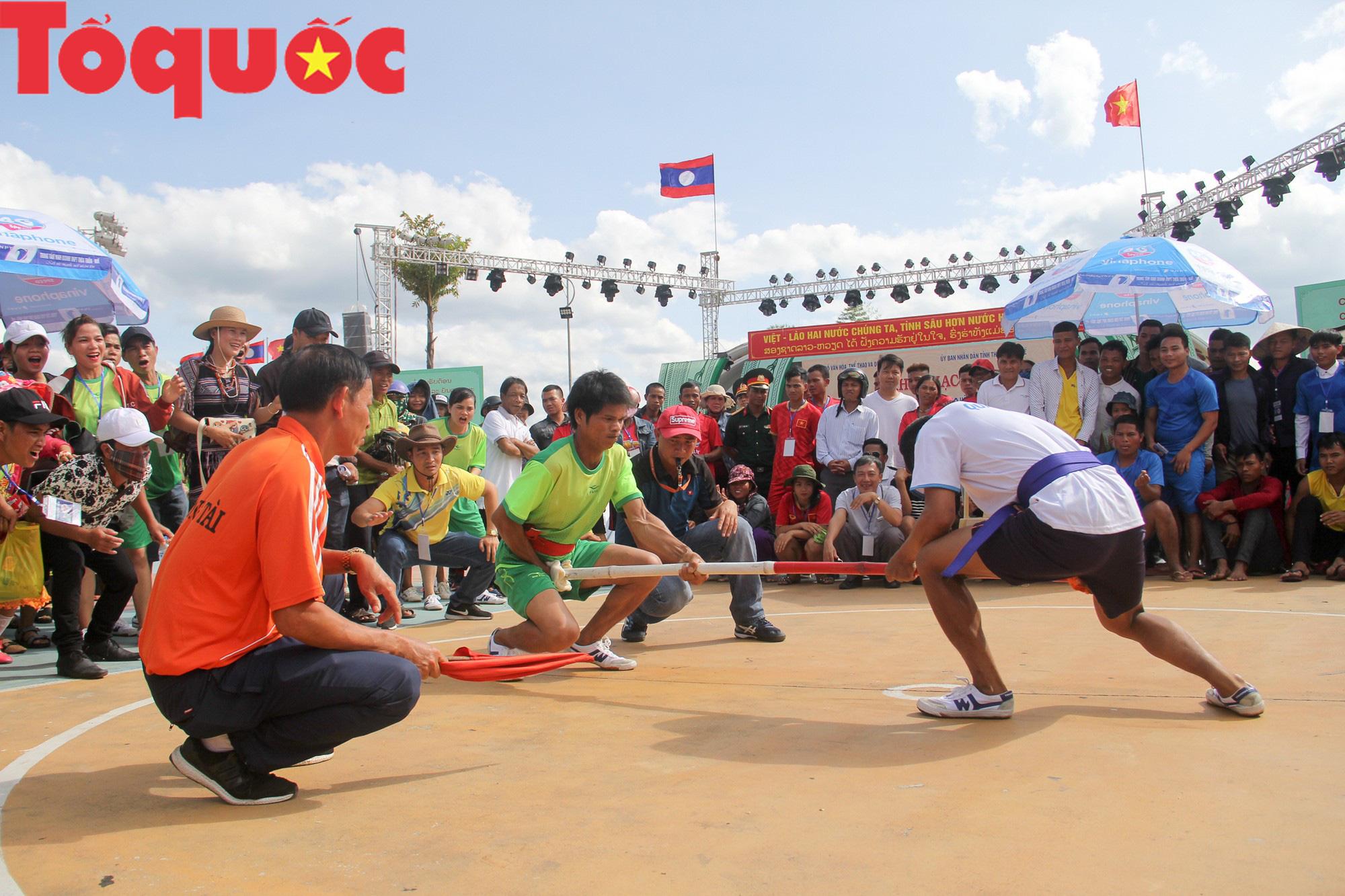 Tinh hoa văn hóa các dân tộc biên giới Việt Nam - Lào hội tụ về trên vùng cao A Lưới - Ảnh 11.