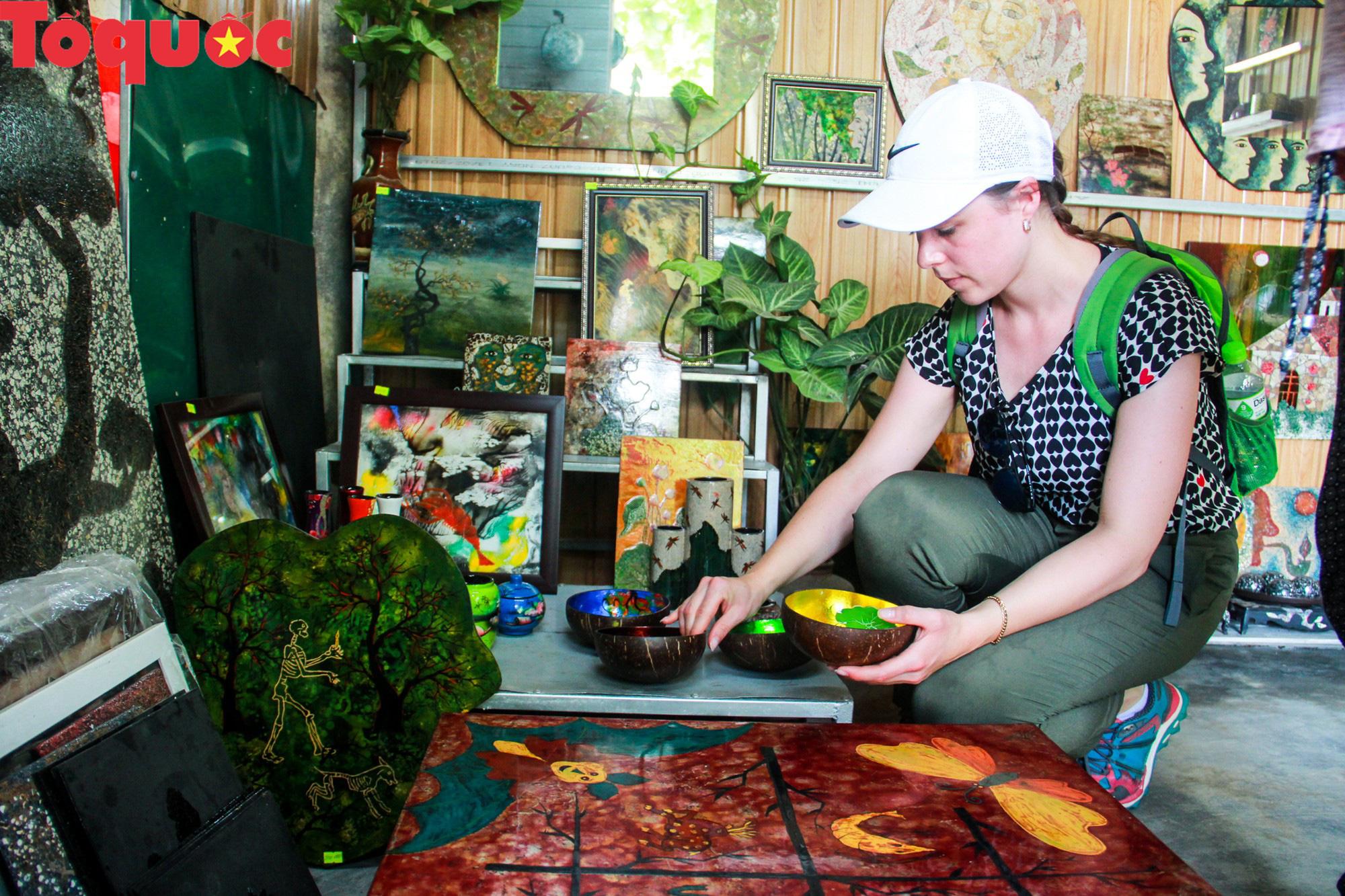 Khách Tây mê mẩn đồ dùng Việt được thổi hồn từ vỏ trứng - Ảnh 15.