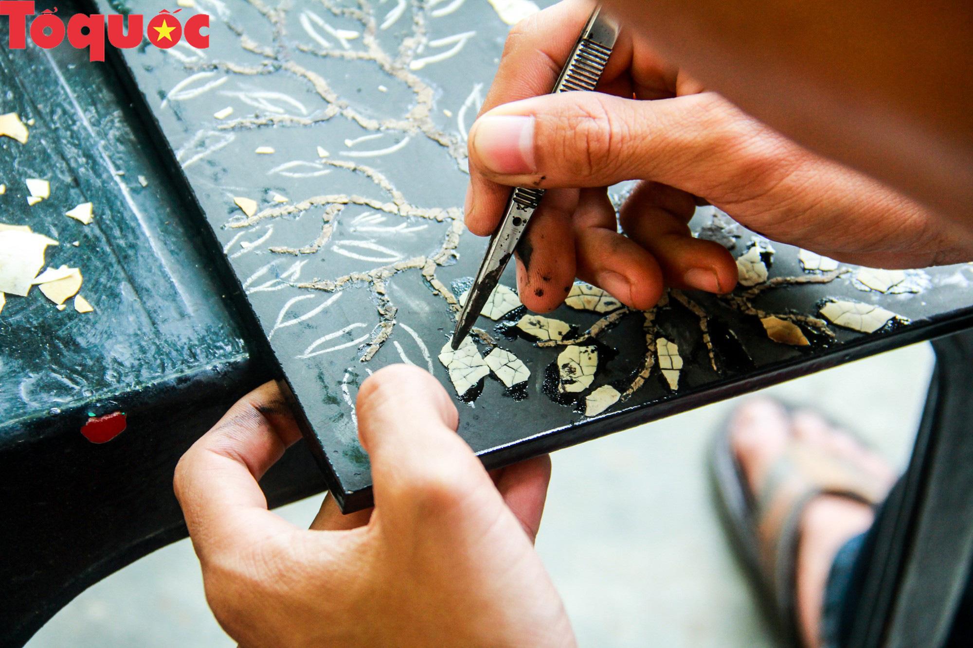 Khách Tây mê mẩn đồ dùng Việt được thổi hồn từ vỏ trứng - Ảnh 7.