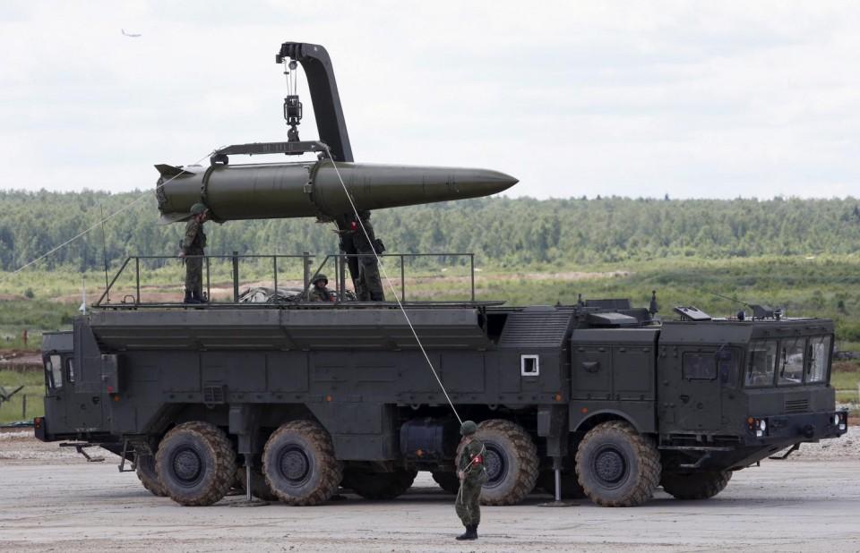 Tên lửa tầm trung Nga