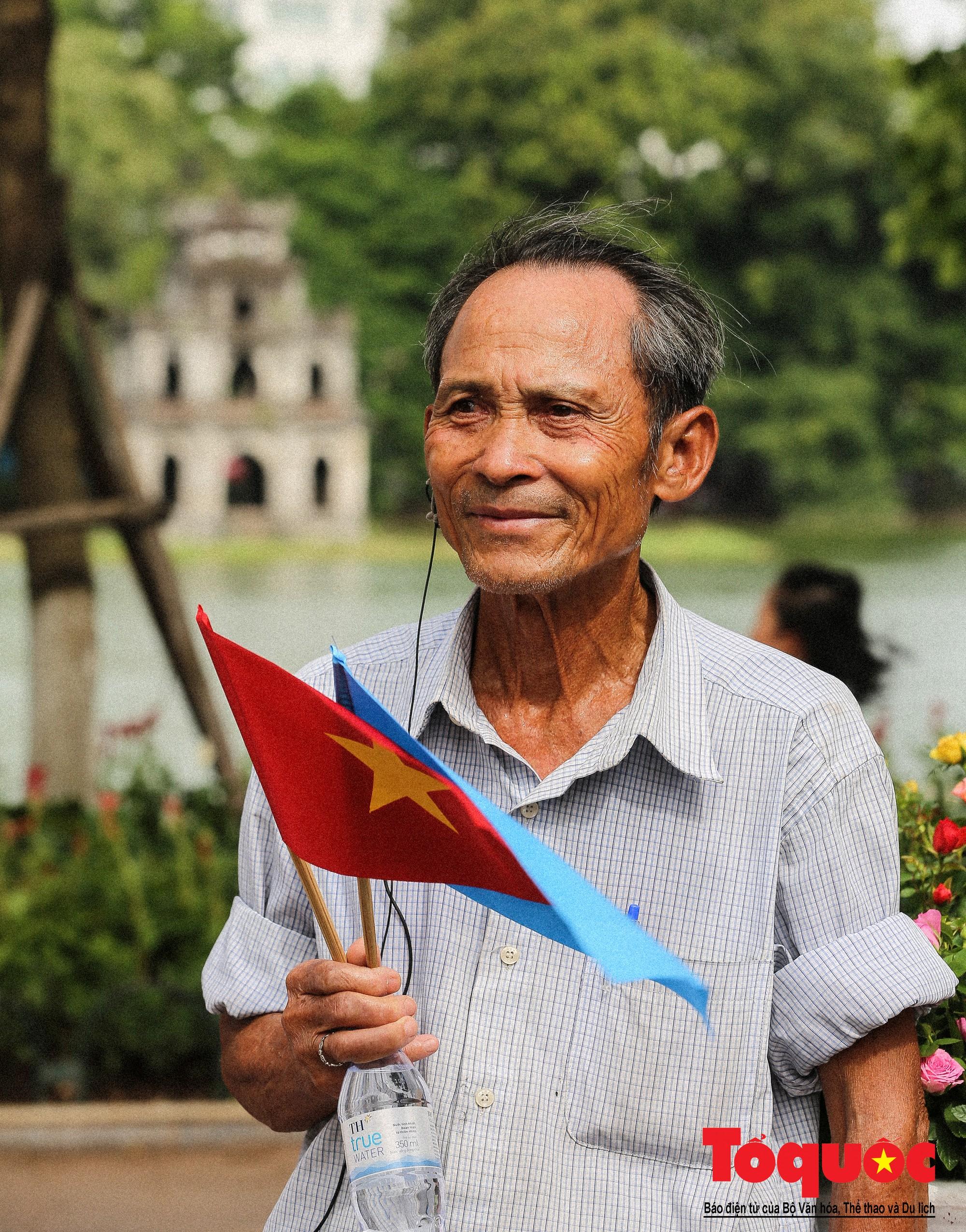 """Lễ kỷ niệm 20 năm thành phố Hà Nội đón nhận danh hiệu """"Thành phố Vì hòa bình"""" (11)"""