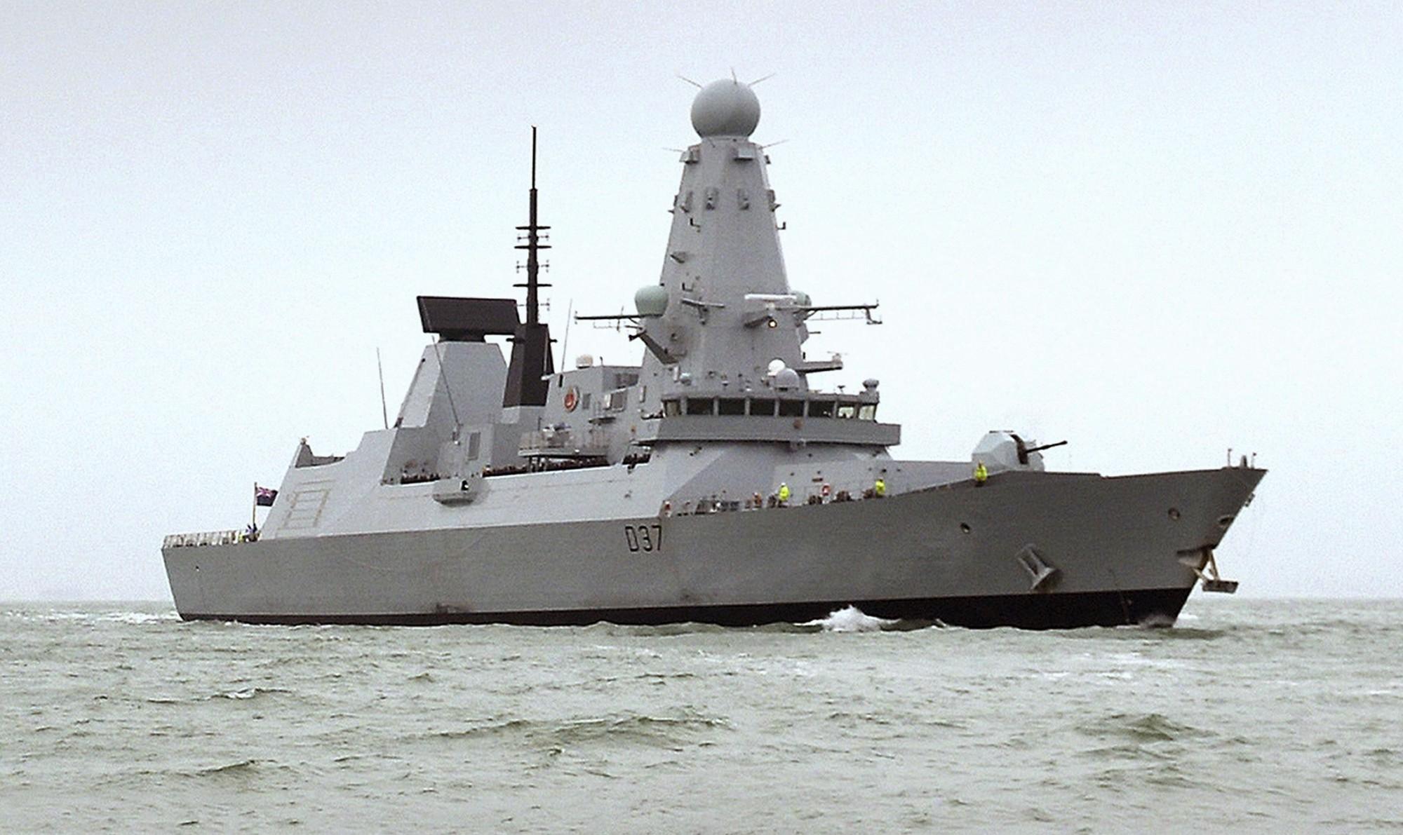 Tau chien HMS Duncan Anh AP