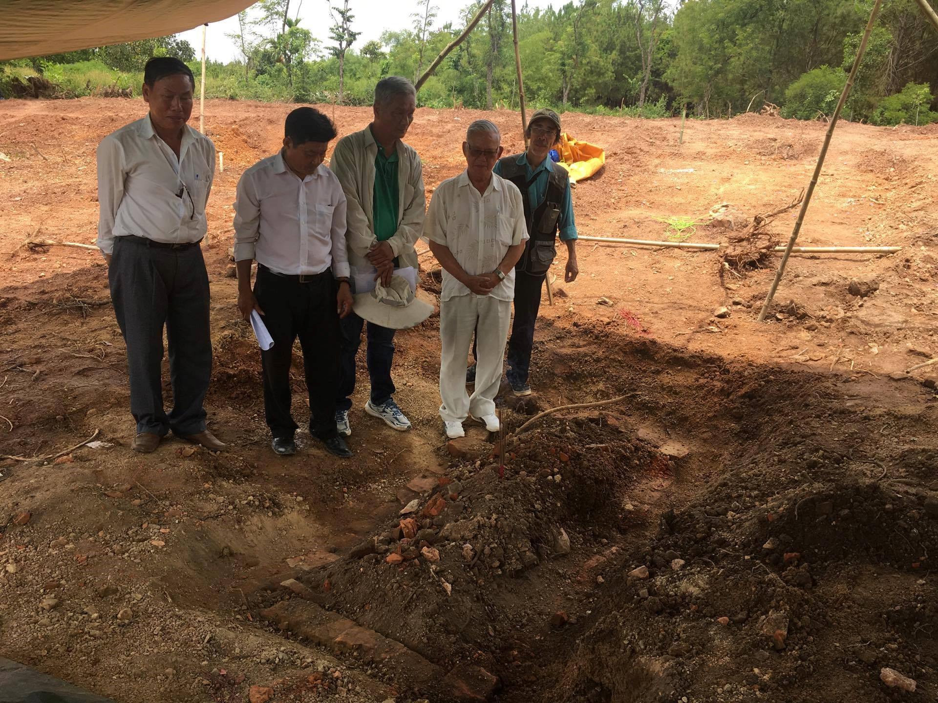 Lăng mộ 2